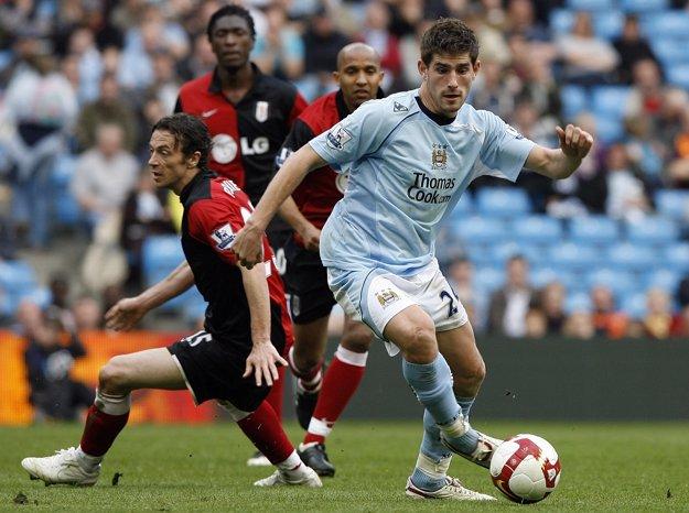 Ched Evans (vpravo) je odchovancom Manchestru City.