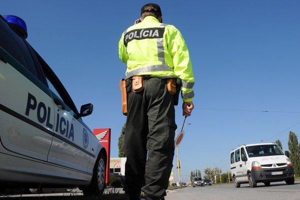 Pošlite aj vy policajtov na úsek cesty, kde by mali merať rýchlosť.