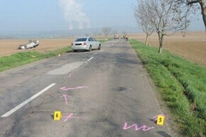 Výsledok nepozornosti vodičov.