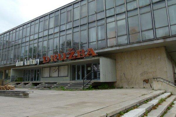 Bývalý Dom kultúry Družba.
