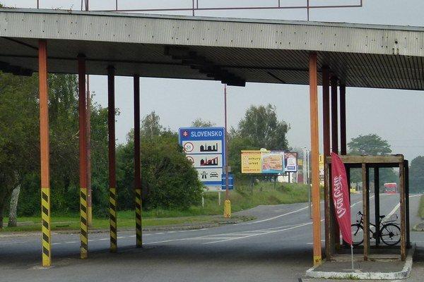Medzinárodná cesta by mala viesť k hraniciam s Maďarskom v okolí Šiah.