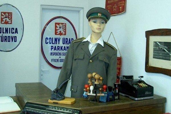 Výstava colníctva v Štúrove.