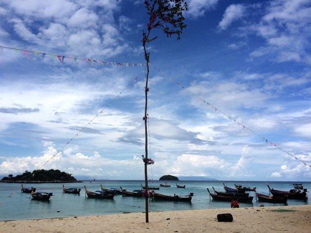 Thajské pláže ponúkajú nekonečné možnosti na oddych.