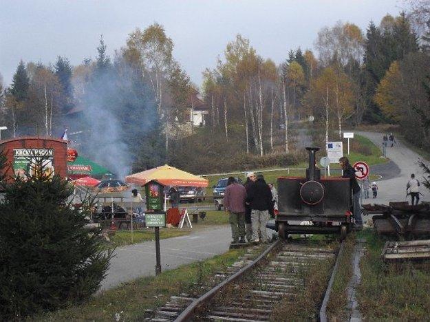 Pošumavskú jižní dráhu dobrovoľníci obnovili na úseku 105 metrov medzi Novým údolím a nemeckým Haidmühle.