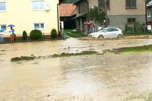 Povodeň v Dlhej nad Oravou.