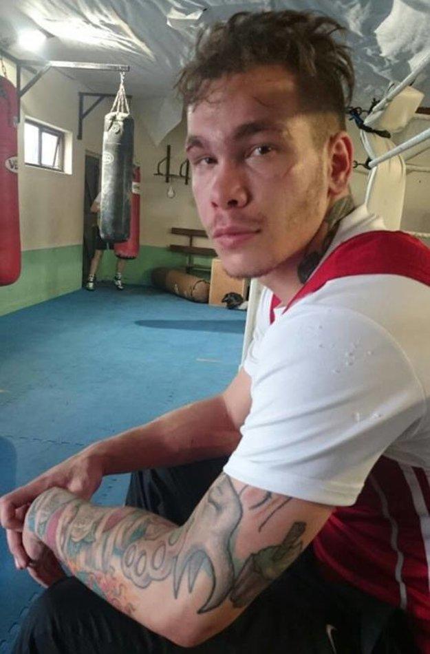 Tomáš Zold sa úspešne presadil v boxe aj kickboxe.
