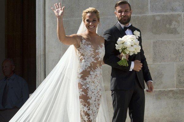 """Už sú svoji. Dominika a Michal si povedali """"ÁNO"""" v sobotu popoludní."""