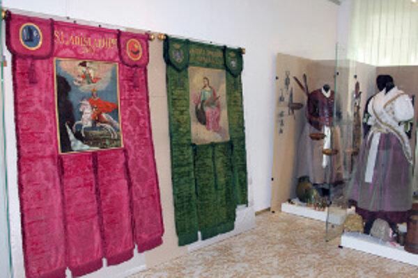 Výstava s názvom V posolstve kráľa je prístupná v Hornonitrianskom múzeu v Prievidzi. FOTO: TASR