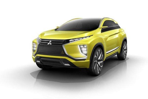 Štúdia Mitsubishi eX má v Tokiu premiéru. Všetky štyri kolesá štúdie, ktorá je predobrazom budúceho športovo-úžitkového vozidla, poháňajú dva elektromotory s celkovým výkonom 140 kW.