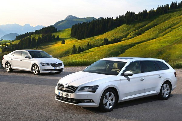 Škoda Superb vo verzii GreenLine. Na pohon modelu Superb GreenLine slúži 1,6-litrový turbodieselový motor s priemernou spotrebou len 3,7 l/100 km.