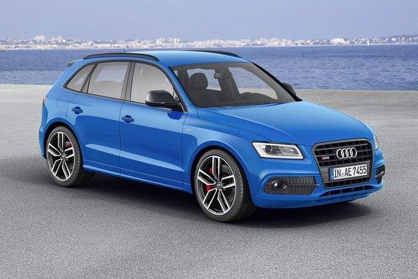 Športové Audi SQ5 TDI plus. Na pohon verzie plus slúži trojlitrový turbodieselový vidlicový šesťvalec s výkonom zvýšeným na 250 kW.