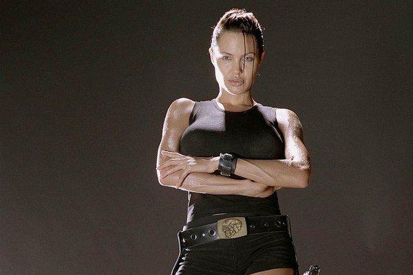 Ako Lara Croft. V úlohe hrdinky sa stala snom nielen mužov.