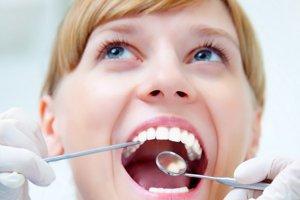Krásne zuby. Pomôžu vám správne jedlá.