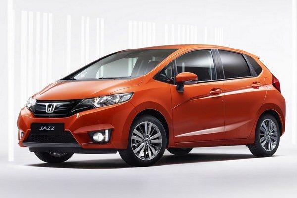 Kompaktný model Honda Jazz. Na pohon modelu Jazz slúži 1,3-litrový benzínový motor, ktorého maximálny výkon je 75 kW pri 6 000 ot/min.