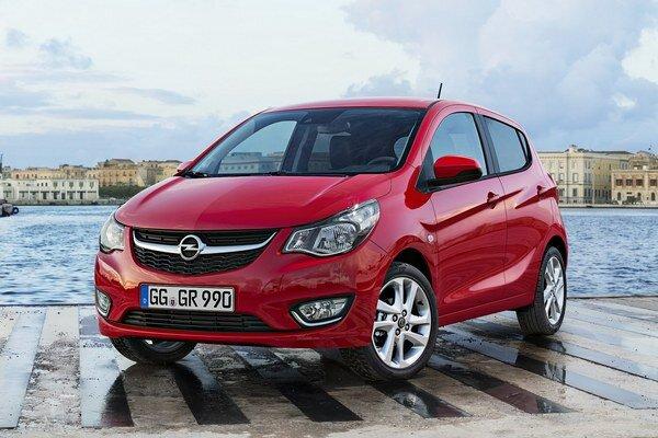 """Kompaktný Opel Karl. Karl je novým """"vstupným"""" modelom do sveta značky Opel a radí sa ku kompaktným modelom Adam a Corsa."""