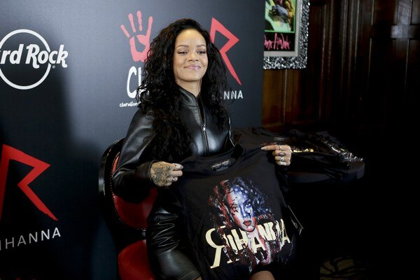 Rihanna už má pokoj.