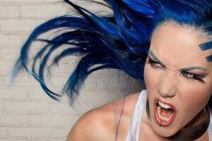 Alissa White-Gluz. Nová tvár a nový hlas Arch Enemy.