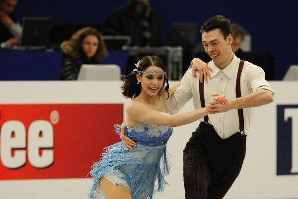 Bol na nich hrdý. Slovenskí tanečníci Federica Testová a Lukáš Csolley na majstrovstvách Európy v Budapešti.