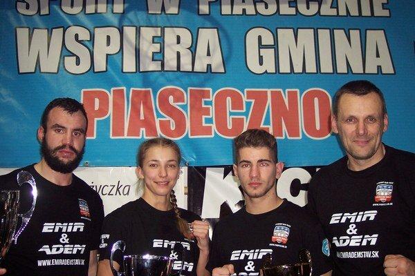 Policajti v Poľsku. Zľava Neupauer, Petríková, Lukáč a tréner Bonk.
