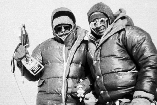 Zoltán Demján a Jozef Psotka na vrchole Mount Everestu 15. októbra 1984.