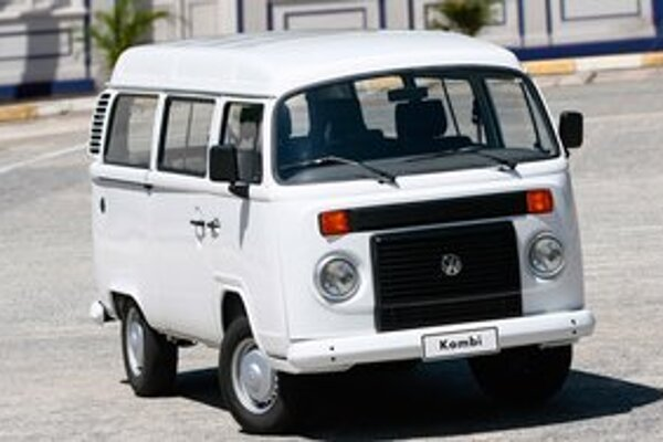 Mikrobus Volkswagen Kombi. Výroba tohto legendárneho vozidla, ktorého prvá verzia sa začala vyrábať v roku 1950, skončí v roku 2013.