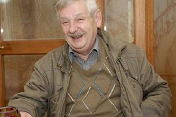 J. Slezáček má humor veľmi rád.