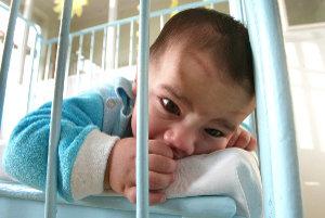 Novorodenci dostávajú v posledných rokoch aj netradičné mená.