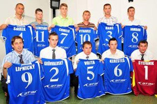 Slávnostné vyhlasovanie Jedenástky VsFZ za sezónu 2010/2011. Súčasťou programu bolo aj vyhlásenie najlepších hráčov najvyššej súťaže ObFZ Michalovce.