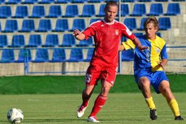 Hrdina zápasu. Striedajúci Peter Jakubčo dvoma gólmi predsa len strhol víťazstvo na stranu Zemplínčanov.