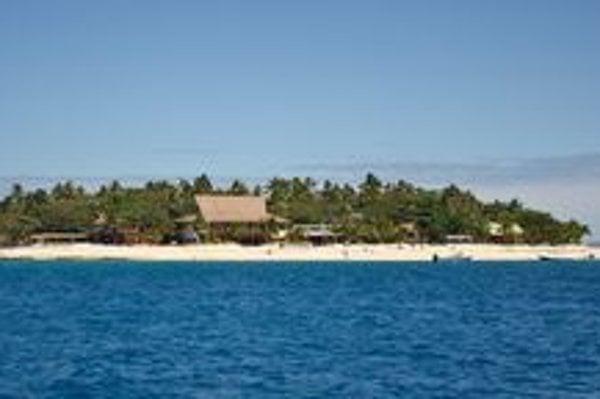 Mikroostrovy. Niektoré ostrovy Fidži mali v priemere iba pár desiatok metrov a dali sa prejsť do minúty.