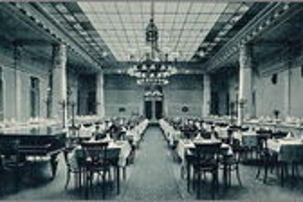 Reštaurácia hotela Schalkház. V ňom sa usporadúvali plesy, na ktorých sa v roku 1921 prvýkrát tancovalo tango aj valčík podľa nových pravidiel.