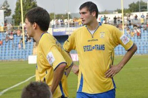 Ivan Djokovič. Nečaká pekný futbal.