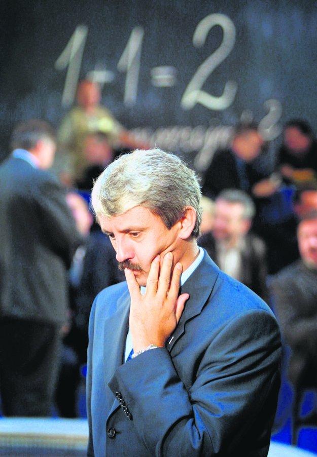 Druhú dekádu slovenskej politiky neovplyvnil nik viac ako Mikuláš Dzurinda. FOTO SME - PAVOL FUNTÁL