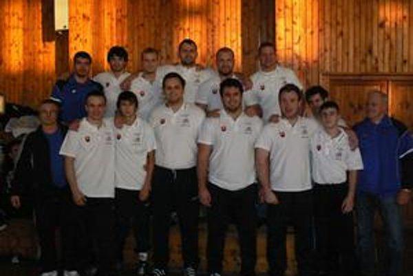 Víťazi Slovenského pohára družstvo voľnoštýliarov ZK Košice 1904 nemalo doma konkurenciu.