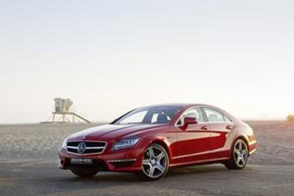 Kupé Mercedes-Benz CLS 63 AMG. Špičková verzia štvordverového kupé CLS je dielom firmy Mercedes-AMG.