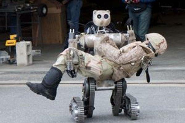 Robot BEAR. Mal by v budúcnosti slúžiť na prepravu zranených vojakov z bojiska.