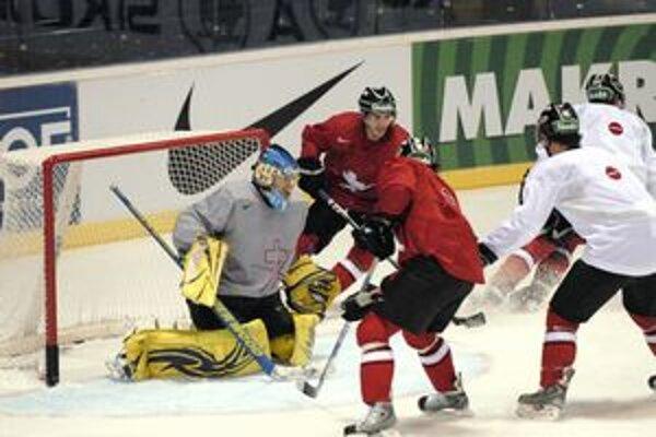 Prví vyskúšali Steel Arénu. Švajčiari boli prvým tímom, ktorý v Košiciach pred MS trénoval.