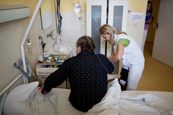 Interné oddelenie v nemocnici v Handlovej od budúceho roka končí.