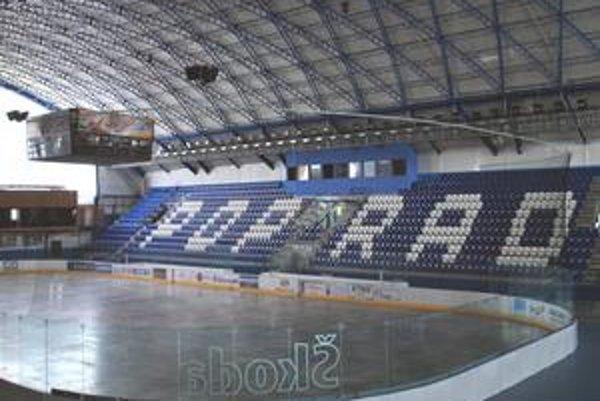 Štadión. Podľa ekonómov by KHL v Poprade rozprúdila biznis a pritiahla ruský kapitál do rôznych projektov.