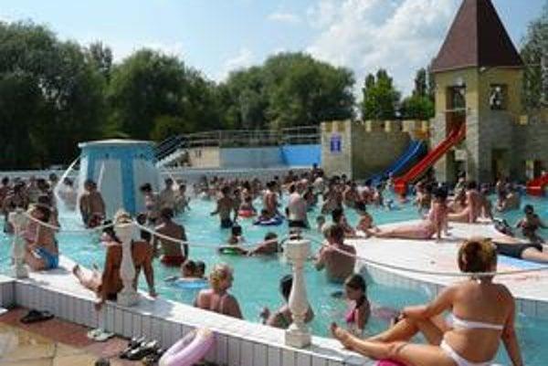Kisvárda. U južných susedov sa cez víkendy rekreujú tisícky Slovákov z východného Slovenska.