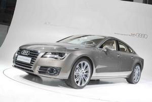 """Text: Nové Audi A7 Sportback. Novú """"sedmičku"""" predstavili pozvaným hosťom v mníchovskej obrazovej galérii."""