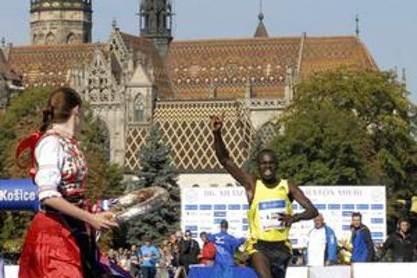 Príde obhajovať prvenstvo? Vlaňajší víťaz Jacob Kipkorir Chesire zatiaľ v kenskej ekipe nefiguruje.