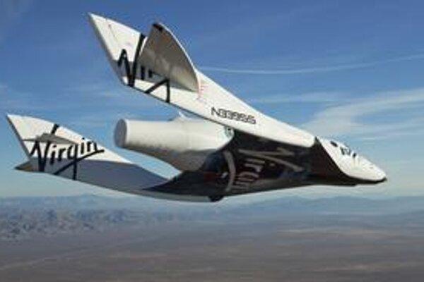 Loď SpaceShipTwo. Loď bude slúžiť na komerčné suborbitálne lety do vesmíru.
