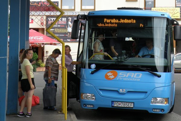 Aj prímestské autobusy budú od 13. decembra jazdiť podľa nového cestovného poriadku.
