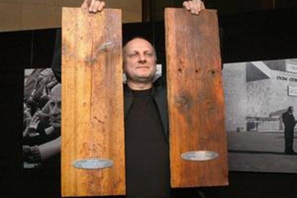 Ocenený Ondrej Šoth. Za balet Svadba podľa Figara (Mozarta) dostal hneď dve Dosky 2007 - ako najlepší režisér sezóny a za najlepšiu inscenáciu sezóny.