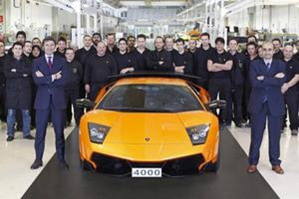 Jubilejné Lamborghini Murciélago. Štvortisíce Murciélago poputuje do Číny, ktorá je významným odbytiskom firmy Lamborghini.