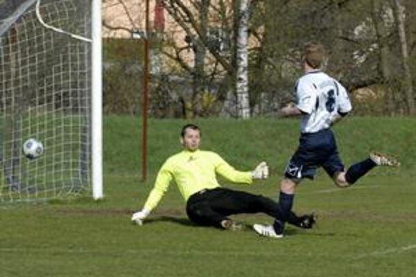 Otvoril skóre. O prvý gól železničiarov v súboji so stropkovskou Teslou sa postaral útočník Takáč, keď zužitkoval presnú prihrávku Lipnického. Brankár Bíroš bol proti jeho strele bezmocný.