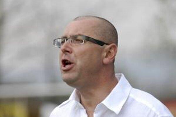 Kormidelník. Marcel Alexander verí, že úspešnú sériu bez prehry predĺžia jeho zverenci po nedeli na osem zápasov.