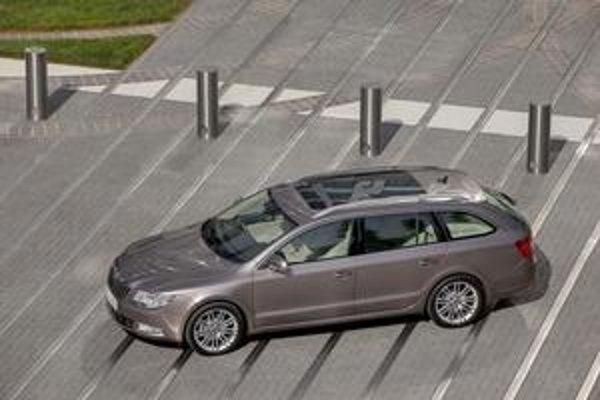Škoda Superb Combi. Nové kombi má premiéru na frankfurtskom autosalóne.