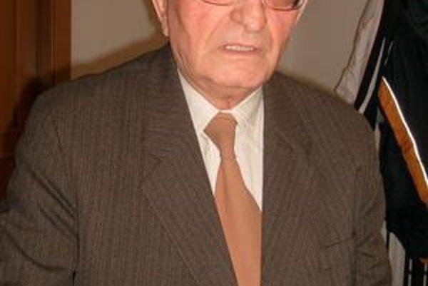 Jubilant Ivan Lichvár aj napriek osemdesiatke patrí k aktívnym Prešovčanom.